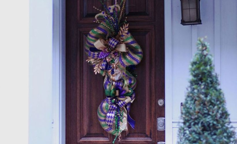 Mardi Gras Decorations That Will Make You Look Festive