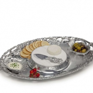 Grape Tray Entertainment Set 5